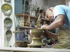 arts crafts pottery bulgaria